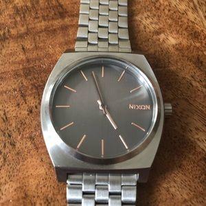 Women's Nixon Time Teller watch with box
